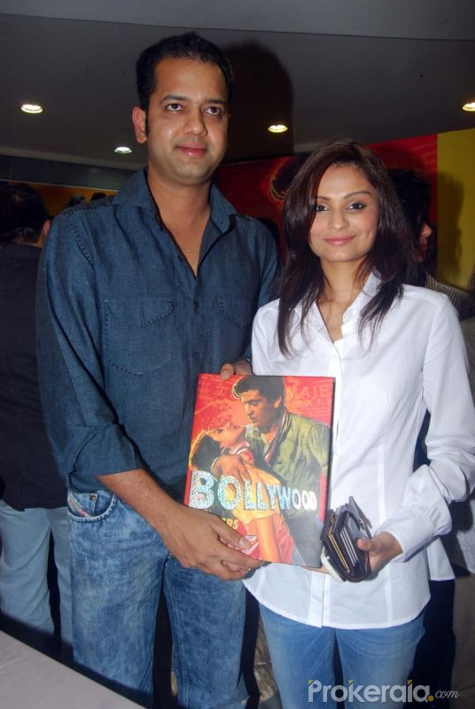 "Rahul Mahajan with wife Dimpy Ganguly at the Launch of ""Bollywood in Posters"" Book held at Crossword, Juhu Mumbai on 21.May 2010"