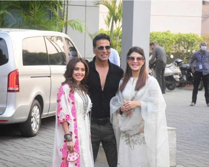 Akshay Kumar shares hilarious video of Jacqueline Fernandez and Nushrratt  Bharuccha: 'Our version of India's Got Talent'