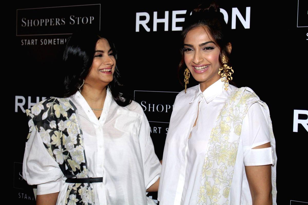 Happy birthday Rhea Kapoor, wishes Anil Kapoor and Sonam Kapoor