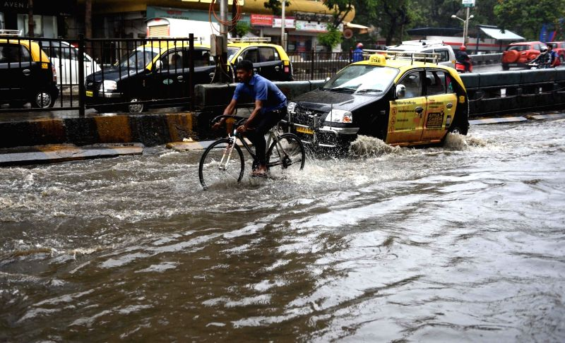 water logging in mumbai Mumbai was greeted with moderate rainfall on the morning of june 7, classified by the weather bureau as pre-monsoon thundershowers it resulted in water.