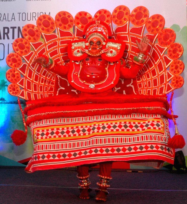 Bengaluru: Artists perform during Kerala Tourism Partnership Meet in ...
