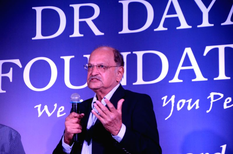 Former cricketer Ajit Wadekar addresses during Dr Dayal Foundation award ceremony in Mumbai on Dec 21, 2017.(Image Source: IANS)