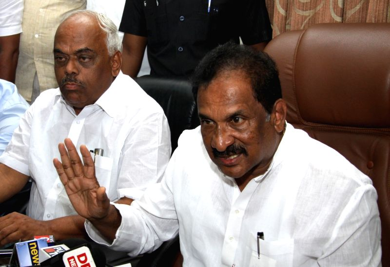Former Karnataka Minister KJ George addresses a press conference after submitting his resignation to Chief Minister Siddaramaiah for his alleged involvement in the suicide of DYSP Ganapati ...(Image Source: IANS)