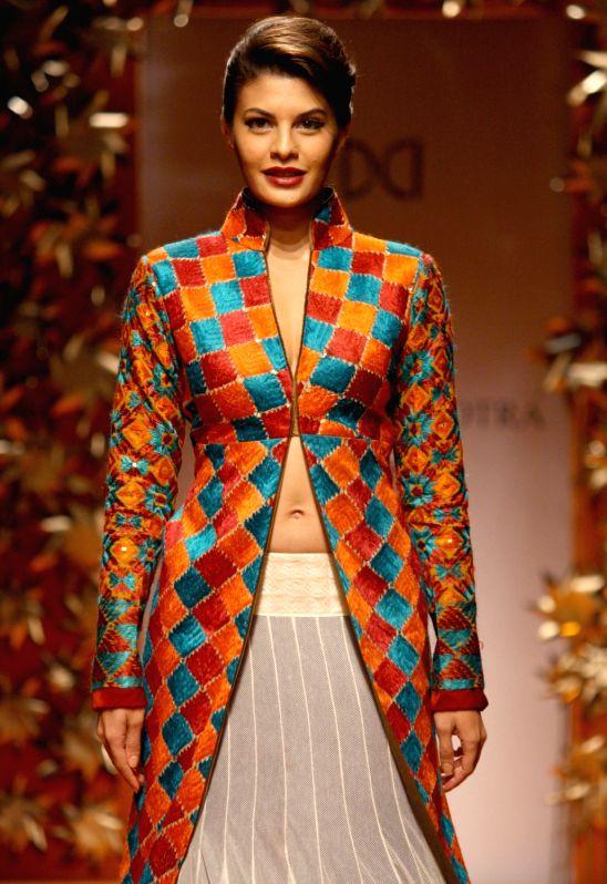Manish Malhotra 39 S Show At Wills Lifestyle India Fashion