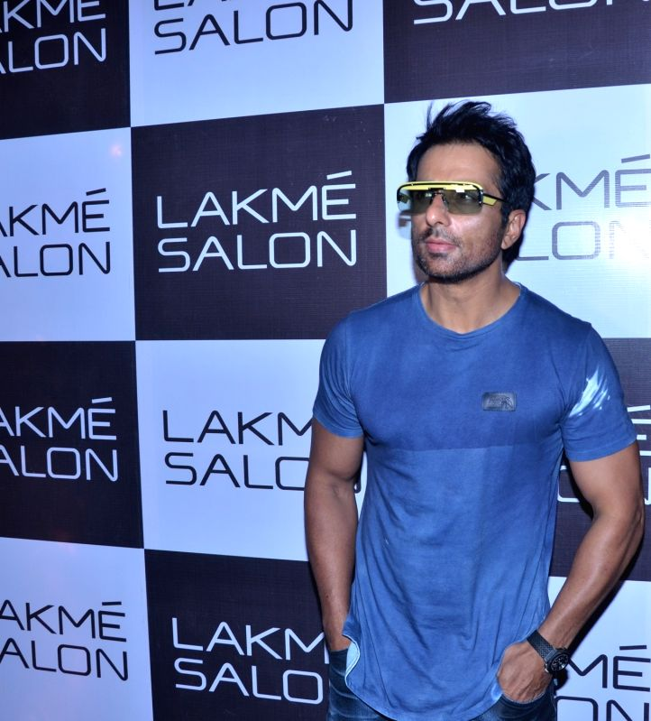 Mumbai: Actor Sonu Sood during inauguration of a salon in Mumbai's Juhu on May 20, 2018.(Image Source: IANS)