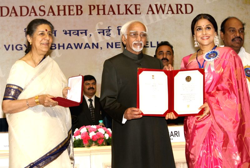 National Film Awards - Ambika Soni and Vidya Balan
