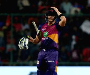 Rising Pune Supergiant captain Steven Smith in action