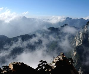 CHINA-XI'AN-HUASHAN MOUNTAIN-SCENERY