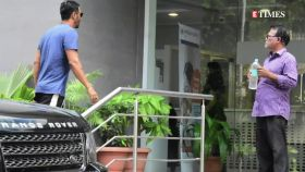 Arjun Rampal and pregnant girlfriend Gabriella Demetriades spotted outside hospital