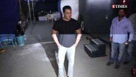 Gandhi Jayanti: Salman Khan's important message for fans towards #FitIndia, Swachh Bharat