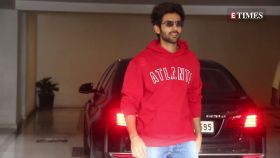 Kartik Aaryan kick-starts birthday celebrations with a surprise from parents, Ananya Panday wishes him with hilarious picture