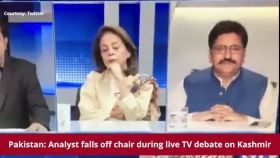 Pakistan: Analyst falls off chair during live TV debate on Kashmir