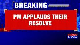 PM Modi calls Corona warriors, applauds their resolve