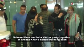 Salman Khan spotted with Iulia Vantur at Arbaaz Khan's house-warming party