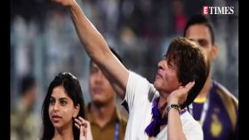 Shah Rukh Khan and son cheer for Team India; Priyanka Chopra prefers this dance partner over hubby Nick, and more