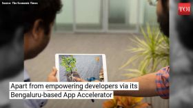 Young desis develop apps for Apple